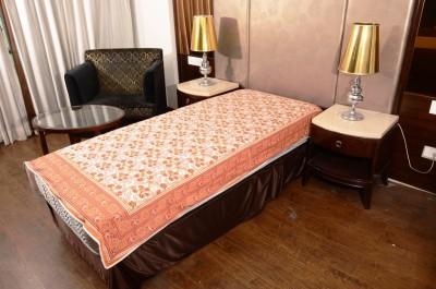 Samradhi Floral Single Dohar Orange