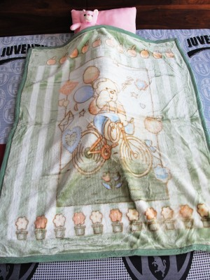 DickyBird Cartoon Crib Blanket Green, Pink, Brown, Blue