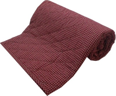 Adt Saral Checkered Double Quilts & Comforters Red