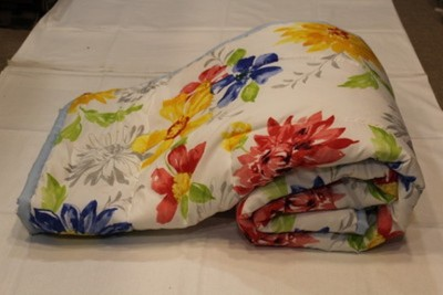 Ayushi Craft & Fashions Floral Double Quilts & Comforters Multicolor