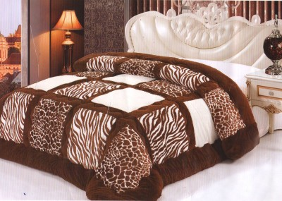 Wrap Animal Double Quilts & Comforters Brown, White