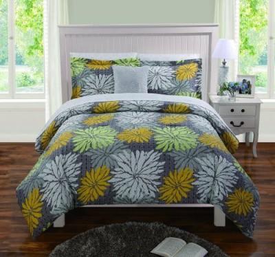 Artistic Linen Floral
