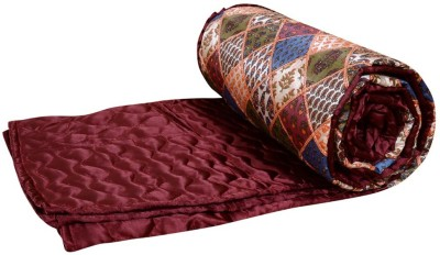 Home Shop Gift Geometric Double Quilts & Comforters Red