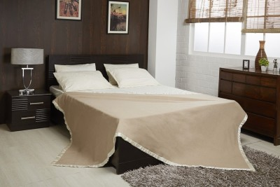 Raymond Home Plain Double Quilts & Comforters Brown