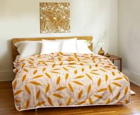 CURL UP Printed Single Dohar Yellow, White(1 Dohar)