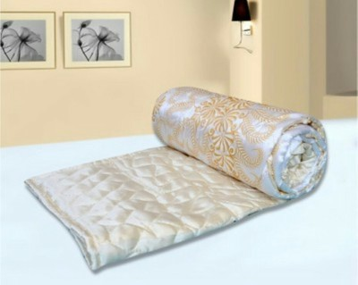 DEVANK Floral Double Quilts & Comforters White