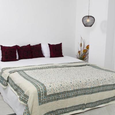 Smile2u Retailers Floral Double Quilts & Comforters Multicolor