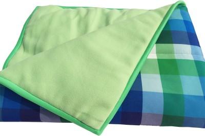 Wobbly Walk Checkered Single Blanket Green