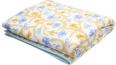 Coco Bee Floral Single Quilts & Comforters White, Blue