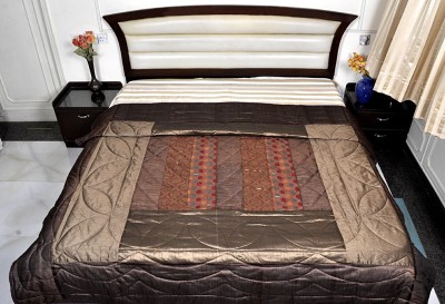 Lal Haveli Abstract Double Quilts & Comforters Brown