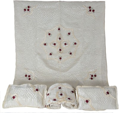 VC creation Embroidered Double Blanket Cream
