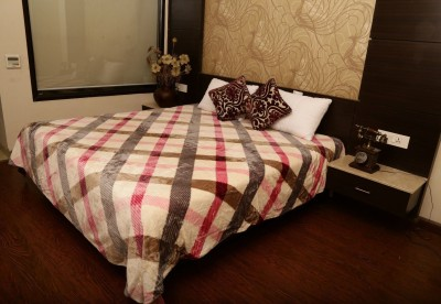 Tima Checkered Double Blanket Pink