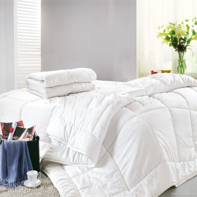 Wishwell Checkered Single Quilts & Comforters White