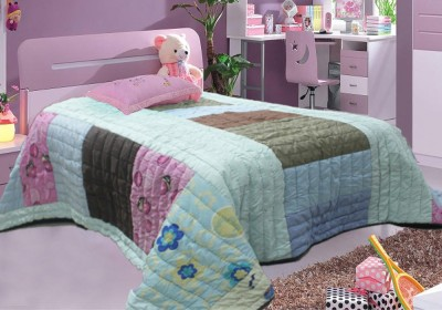 R home Abstract Double Quilts & Comforters Multicolour