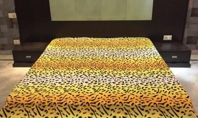 Autre Allure Animal Double Blanket Yellow