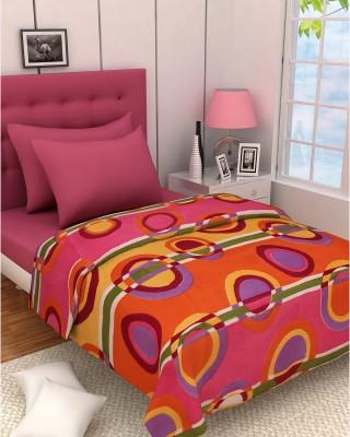 Zyne Geometric Double Blanket Pink