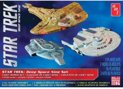AMT USA 1/2500 Scale Star Trek: Deep Space 9 Set Plastic Model Kit