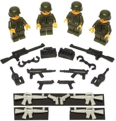Latigo Ranger Squad and Weapons Set