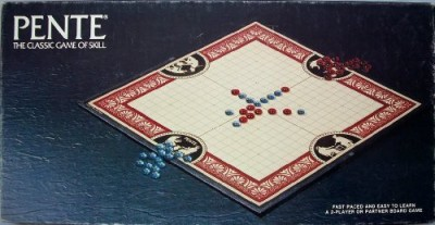 Pente games Pente With Glass Stones 1982 Edition Board Game
