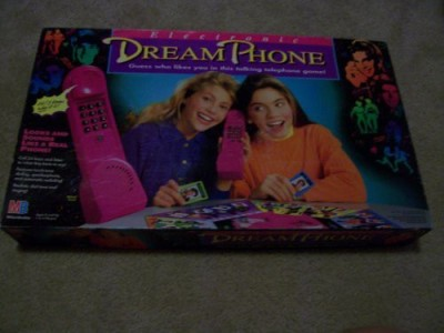 Milton Bradley Electronic Dream Phone Board Game
