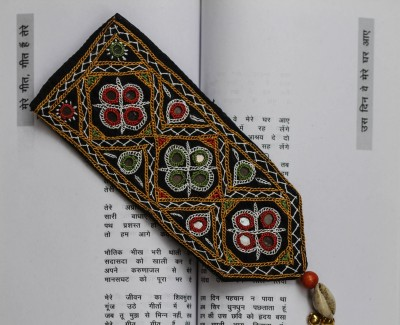 Crafty Hands AC_15_02 Kutch Embroidered Fabric Bookmark