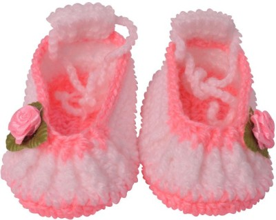 Graykart Pink Knitted wool shoes / Baby booties / Pre walker Booties