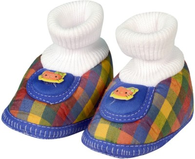 Small Toes Booties