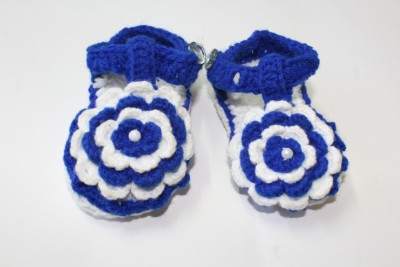 Cross Knitt Booties