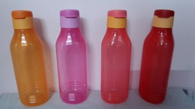 Tupperware groovy 750 ml Bottle