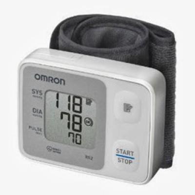 Omron HEM-6121 Bp Monitor