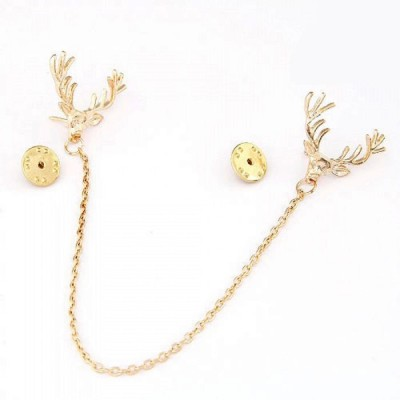 "SENECIOâ""¢ European Christmas Deer With Dangle Chain Golden Tie Pin Partywear Unisex Unique Gift Brooch"