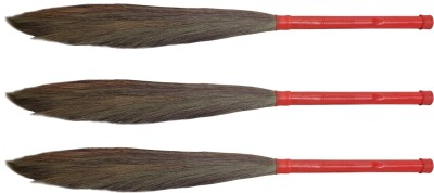 Hari Ram Gulab Rai Wooden Dry Broom