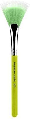 Bdellium Tools Tools Bambu Duet Fiber Face Fan Brush, Green