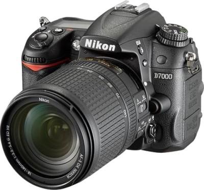Nikon D7000 (Kit Lens Body with AF-S 18-140 mm VR) DSLR Camera