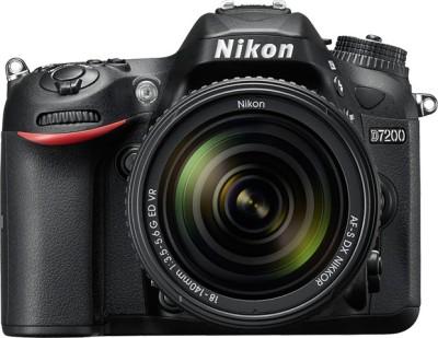 Nikon D7200 (AF-S 18-140 mm VR Kit Lens) DSLR Camera