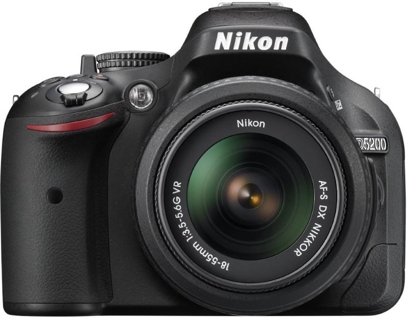 Nikon DSLR D5200 (Body with AF-S DX NIKKOR 18-55 mm F/3.5-5.6G VR II Lens) DSLR Camera D5200
