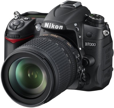 Nikon D7000 with AF-S DX NIKKOR 18-105 mm F/3.5-5.6 G ED VR DSLR Camera(Black)