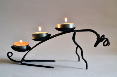 Chinhhari Arts Deer Candle stand Iron 3 - Cup Candle Holder