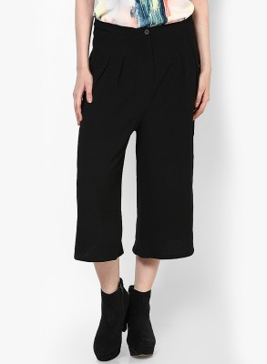 Vero Moda Women's Black Capri