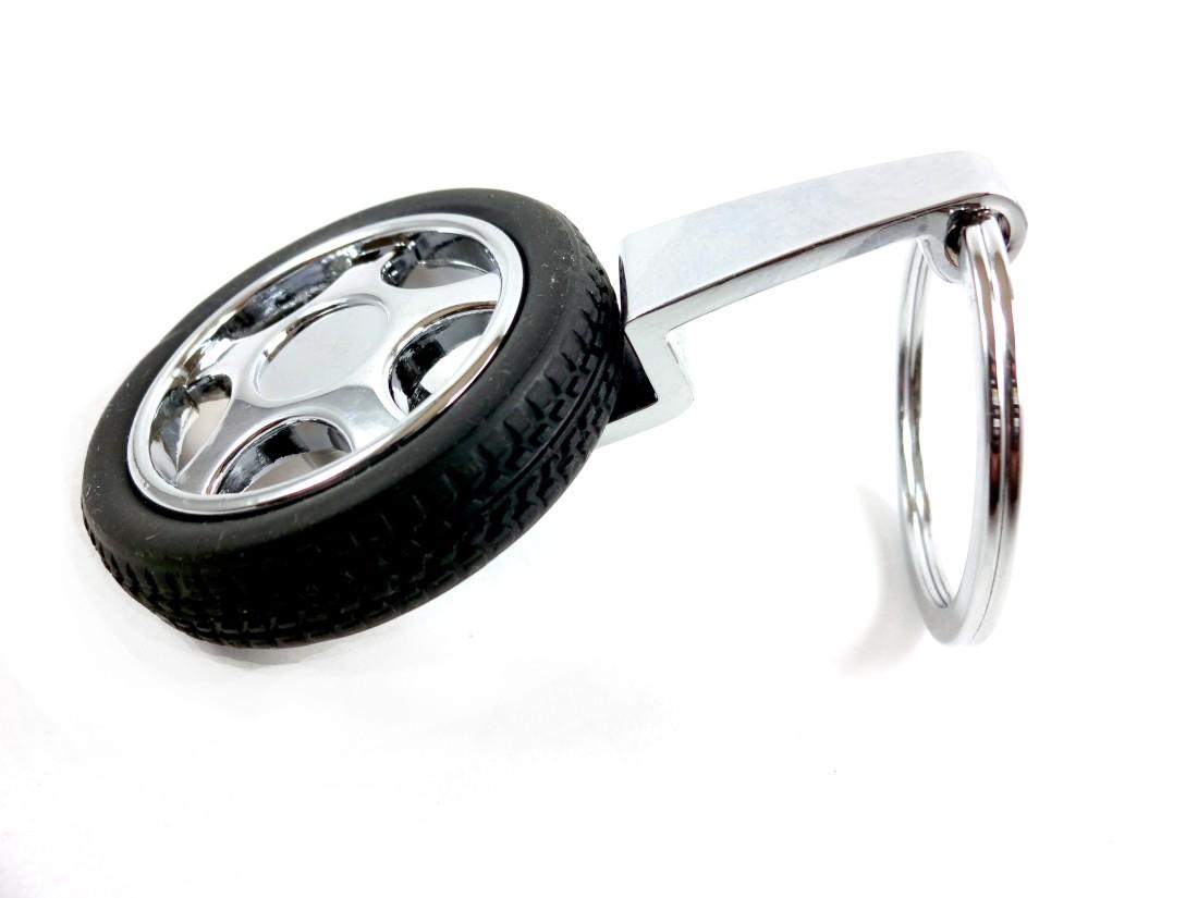 Aditya Traders Classy 360 Degree Revolving Tyre Original metal Attractive Key Chain