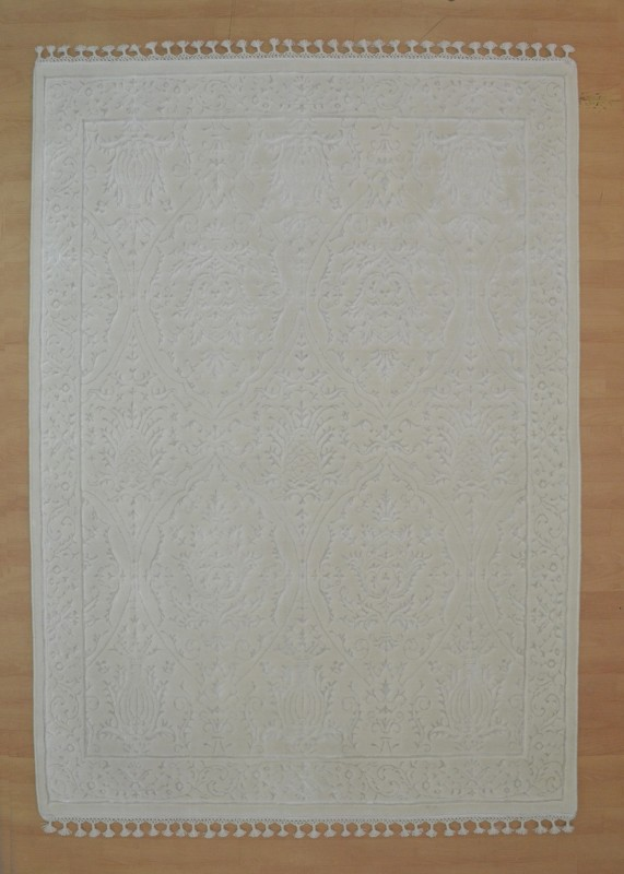 Shyam Cotsyn India Ltd. White Wool, Silk Carpet(160 cm  X 230 cm)