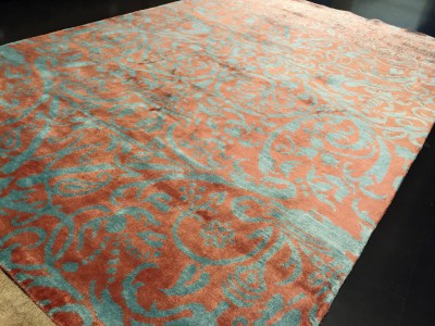Carpet Couture Green, Red Silk Area Rug