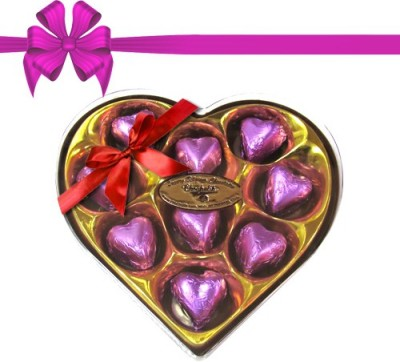 Chocholik Classic Heart Shape Nicely Decorated Chocolate Truffles