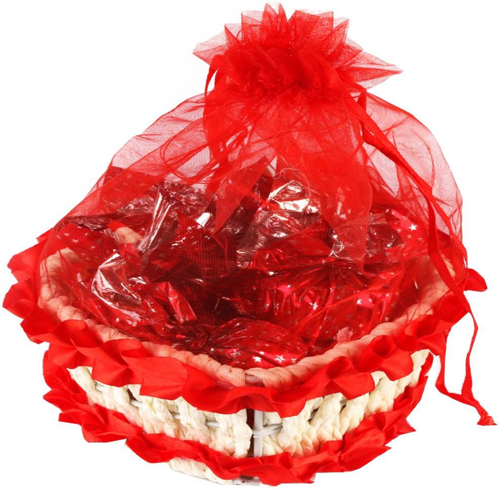 Ghasitaram Gifts Heart Basket with Chocolate Bars
