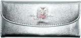 Vincitore Women Silver  Clutch