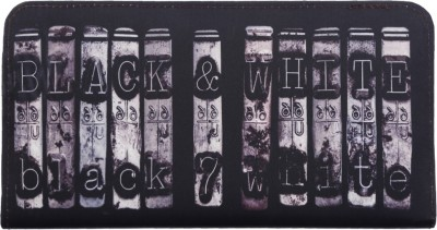 Brandvilla Casual Black, White  Clutch