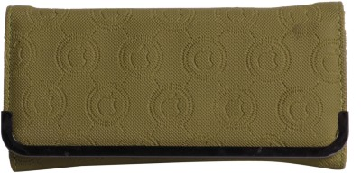 Whate Look Casual Green  Clutch