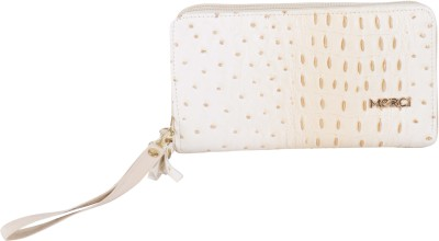 Merci Women Casual White  Clutch