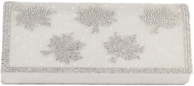 Heaven Deal Party, Festive Silver  Clutch