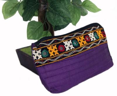 Gujattire Women Casual Purple  Clutch